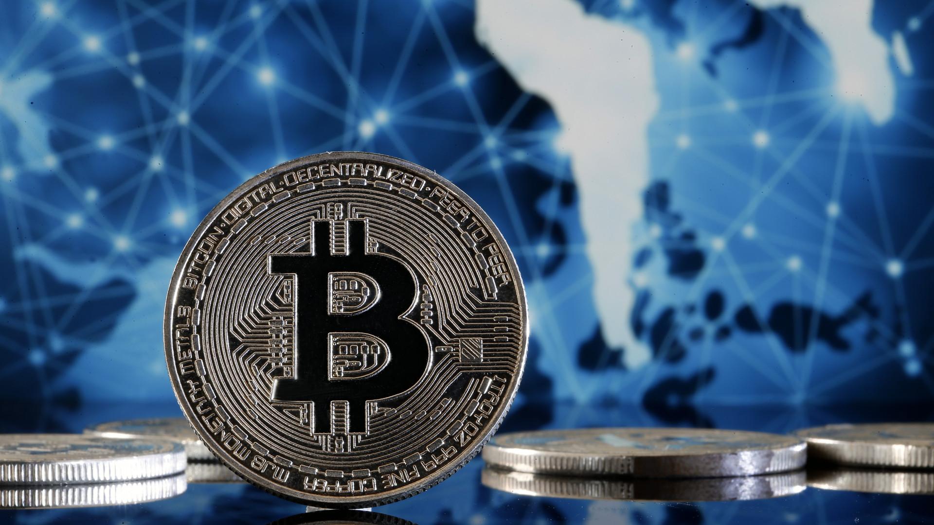 bitcoin kilátások pontos bináris opciós jeleket fizetnek