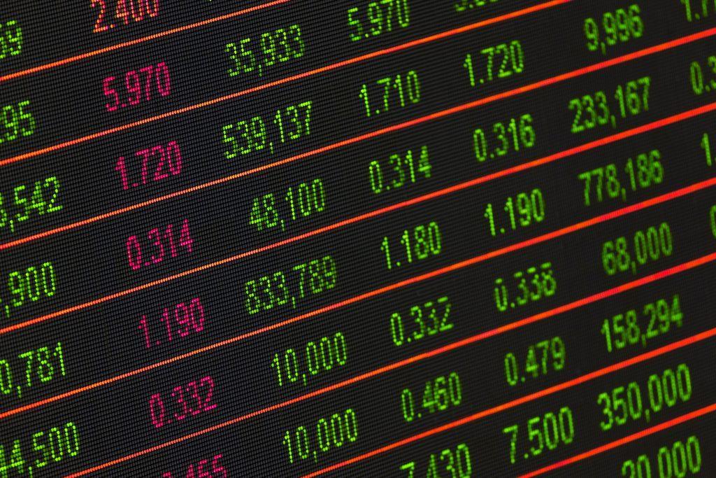 hogyan lehet nyereséggel kereskedni bináris opciókkal