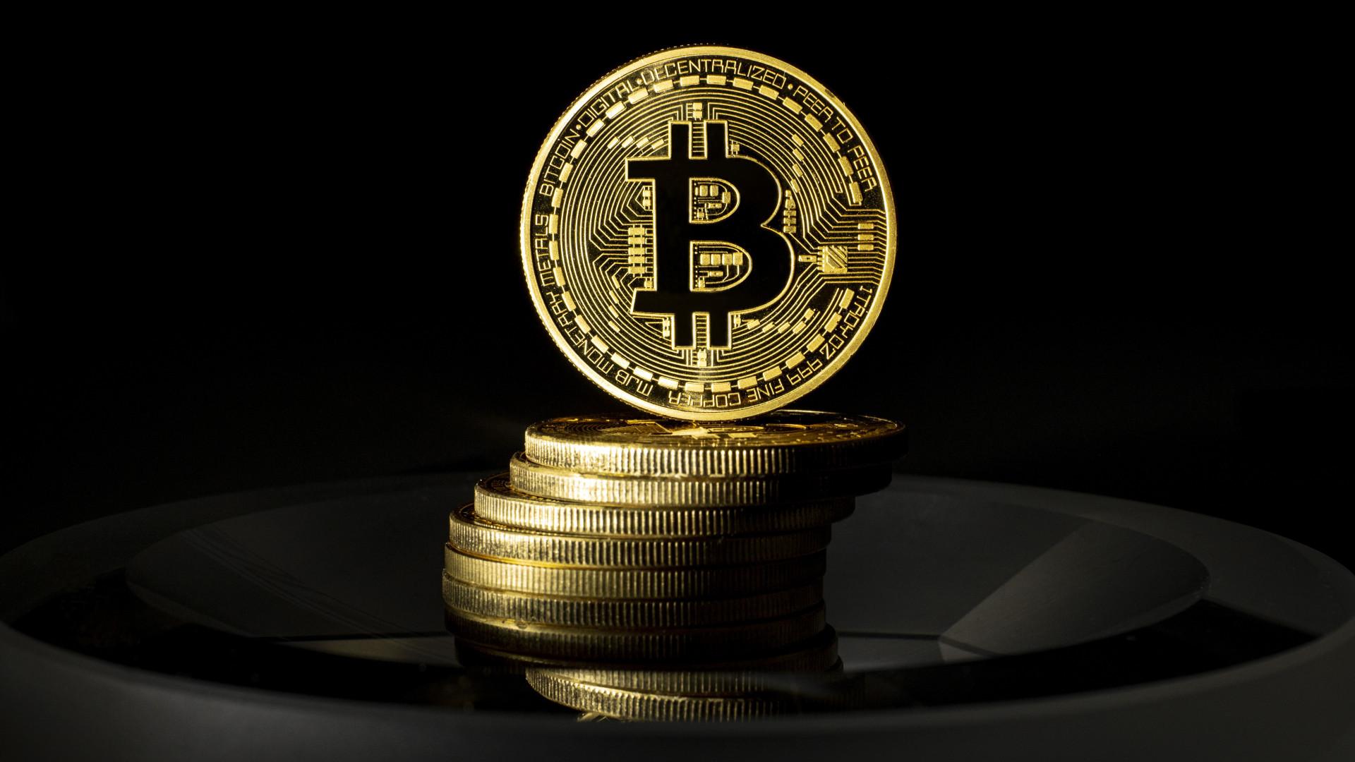 bitcoin regisztráció és munka kereskedési platformok vélemények