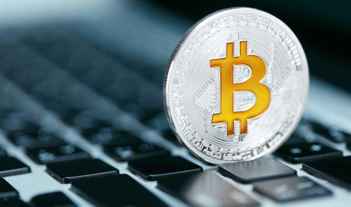 valódi pénzkereső oldalak az interneten a professzionális kereskedők bináris opciókkal kapcsolatos kereskedési stratégiái