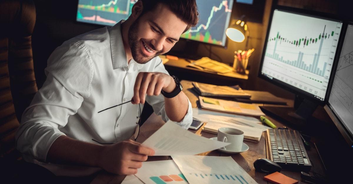 Tőzsdei kereskedés | Tőzsdei támogatás a század befektetőinek